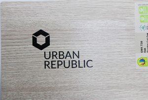 Percetakan logo pada bahan kayu oleh WER-D4880UV 2